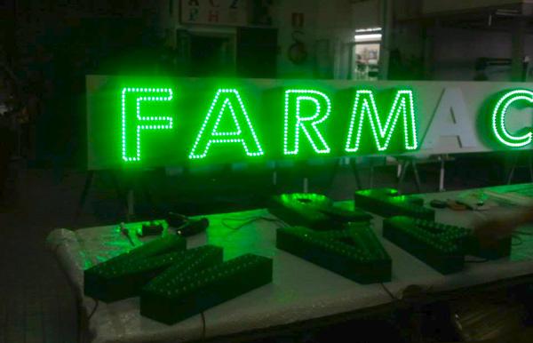 Lettere singole al LED, insegne LED